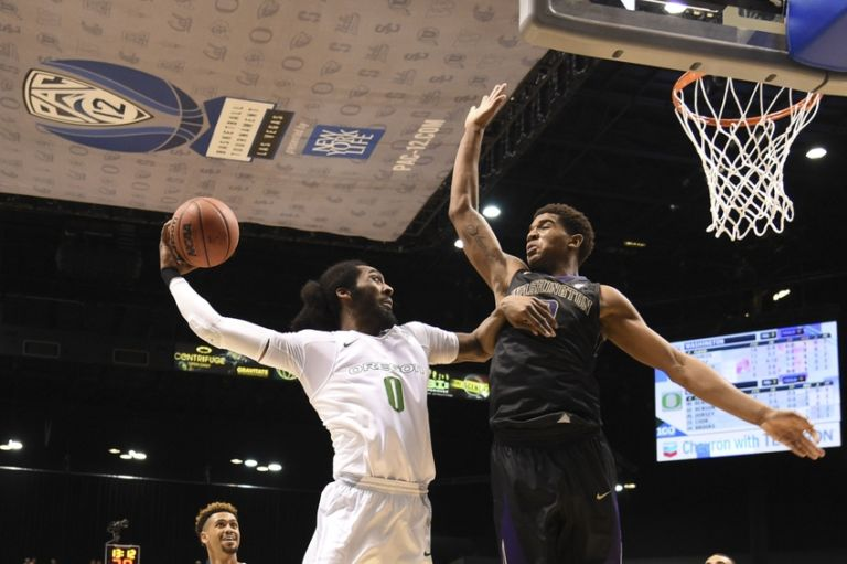 Dwayne-benjamin-marquese-chriss-ncaa-basketball-pac-12-conference-tournament-washington-vs-oregon-768x511