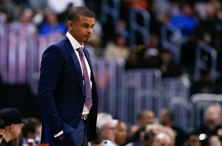 Suns Head Coach Earl Watson Visits Nike Camp in Mexico
