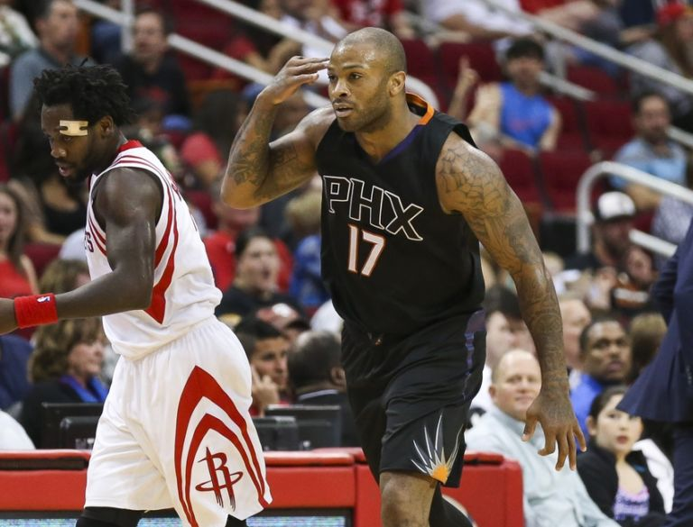 9235911-p.j.-tucker-nba-phoenix-suns-houston-rockets-768x585