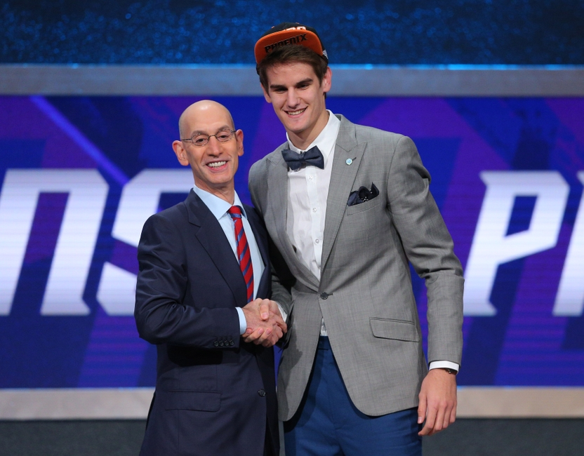 9353392-dragan-bender-adam-silver-nba-nba-draft-1