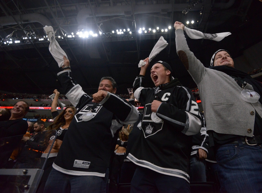 9264684-nhl-stanley-cup-playoffs-san-jose-sharks-los-angeles-kings