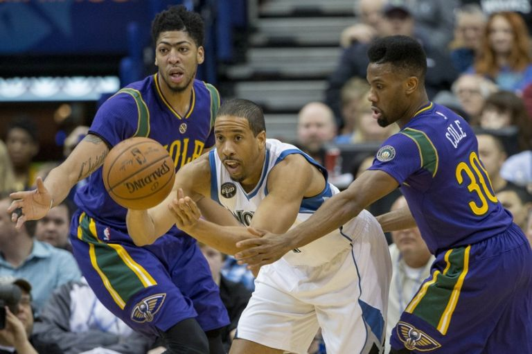 Andre-miller-norris-cole-anthony-davis-nba-new-orleans-pelicans-minnesota-timberwolves-768x0