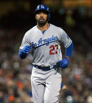 Matt Kemp has three hits Wednesday night against the Giants.