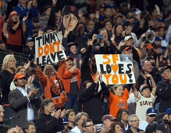Giant fans don't want Lincecum to leave