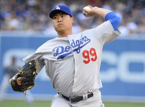 Hyun-jin Ryu only allowed 3 hits after pitching seven scoreless innings against San Diego on Sunday. Photo: Christopher Hanewinckel-USA TODAY Sports