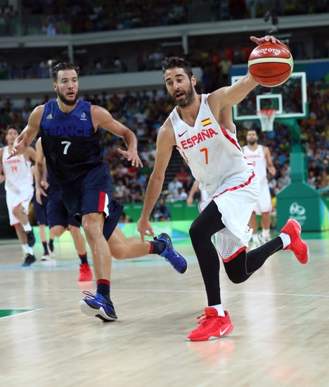 9476722-olympics-basketball-men