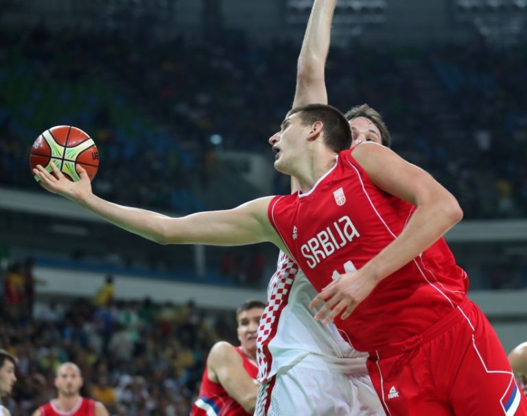 9478672-olympics-basketball-men-3-768x607