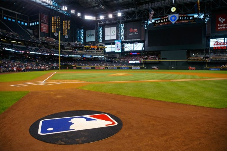 Mlb-chicago-cubs-arizona-diamondbacks-768x511