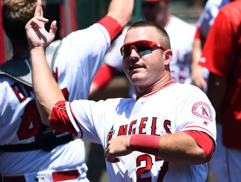 Mike-trout-mlb-chicago-white-sox-los-angeles-angels-768x581