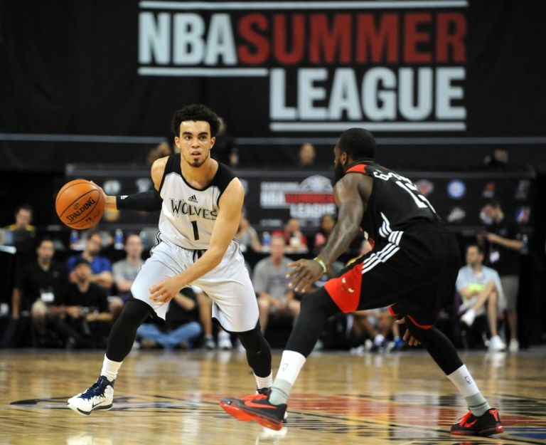 Tyus-jones-ramon-galloway-nba-summer-league-chicago-bulls-vs-minnesota-timberwolves-768x625