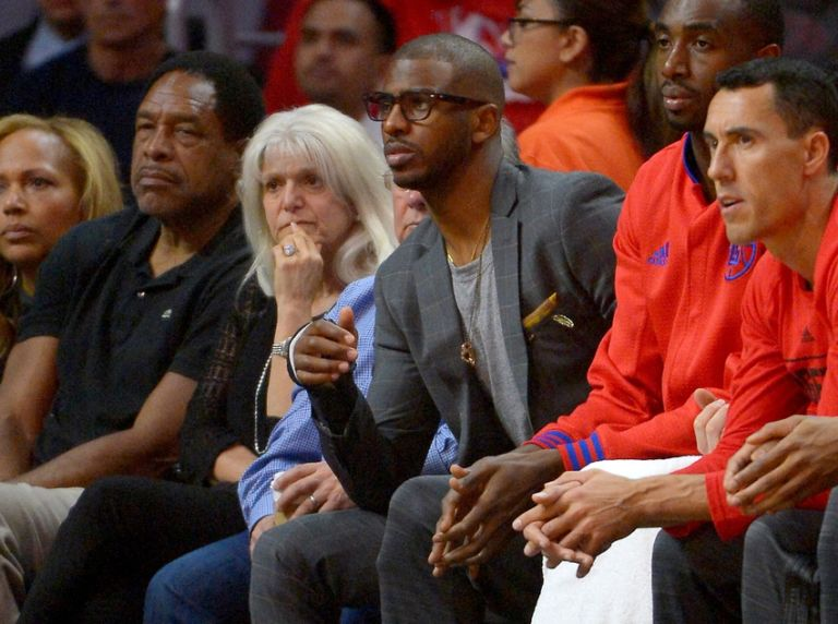 9272280-chris-paul-dave-winfield-nba-playoffs-portland-trail-blazers-los-angeles-clippers-768x572