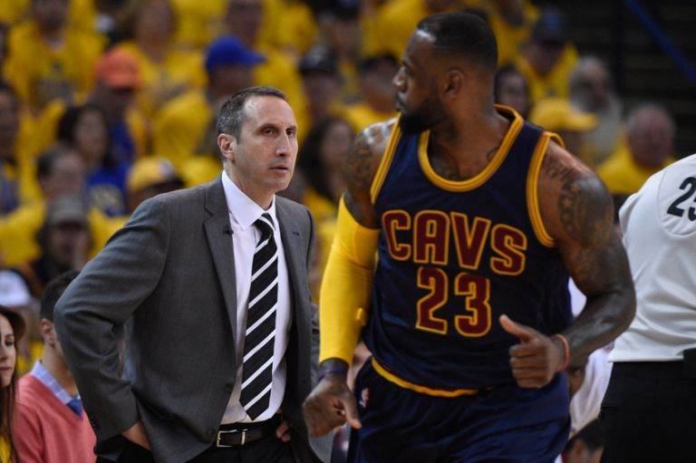 David-blatt-lebron-james-nba-playoffs-cleveland-cavaliers-golden-state-warriors-768x0