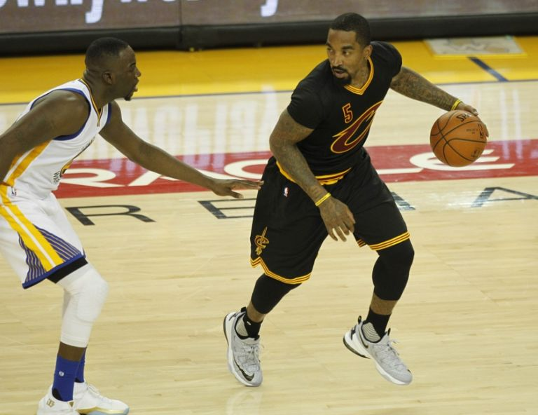 NBA Rumors: Cavs, J.R. Smith Expected To Find Resolution