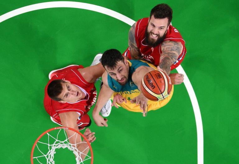 9487194-andrew-bogut-olympics-basketball-men-768x528