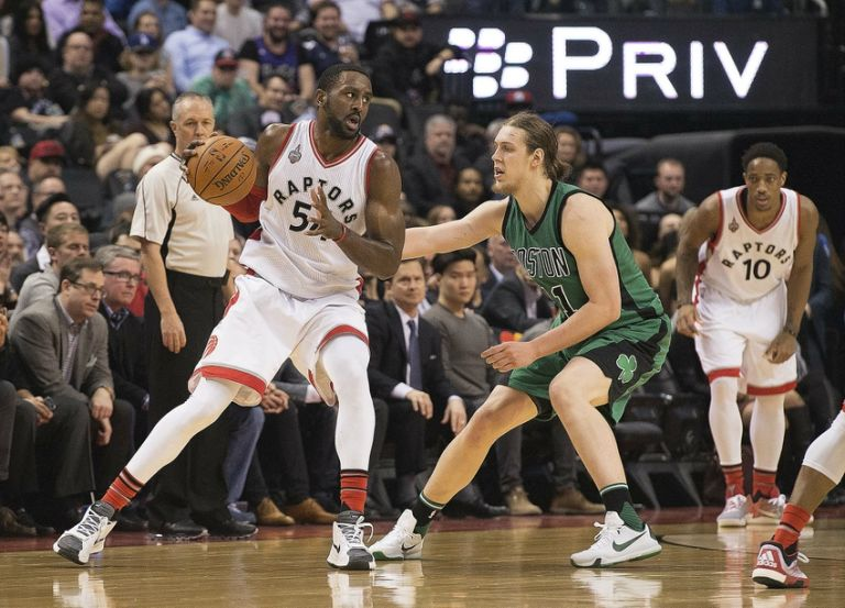 Patrick-patterson-kelly-olynyk-nba-boston-celtics-toronto-raptors-768x0