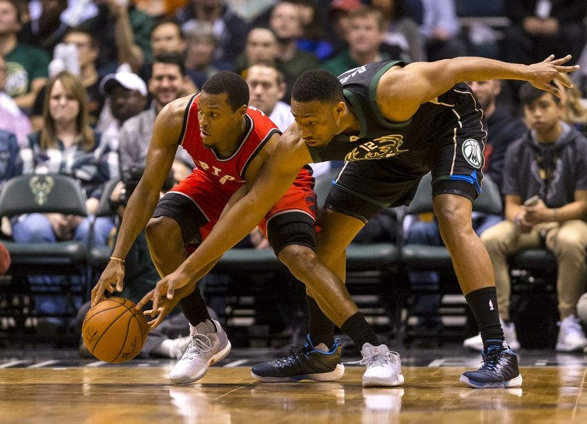 Milwaukee Bucks (11-11) at Toronto Raptors (16-7): Preview Jabari Parker Shooting