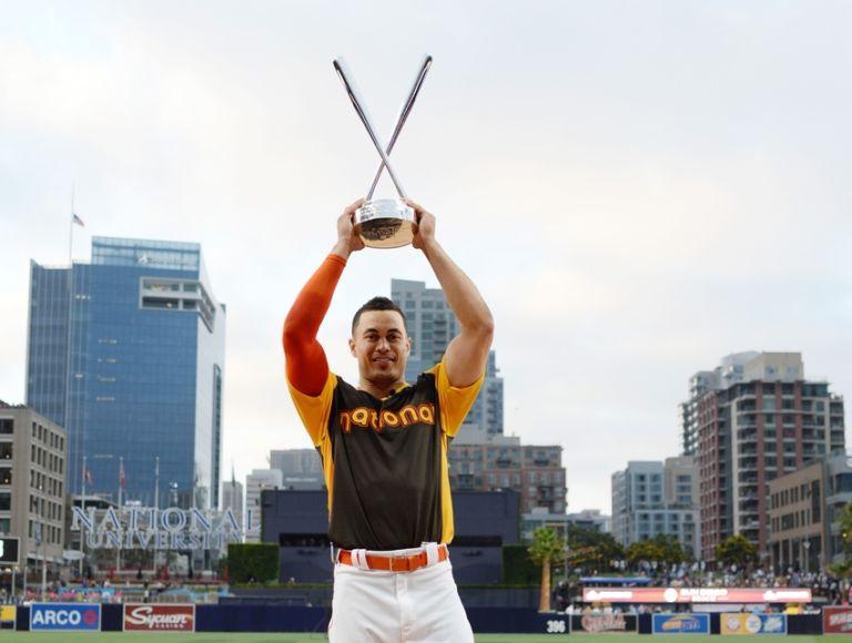 Giancarlo-stanton-mlb-all-star-game-home-run-derby-768x580