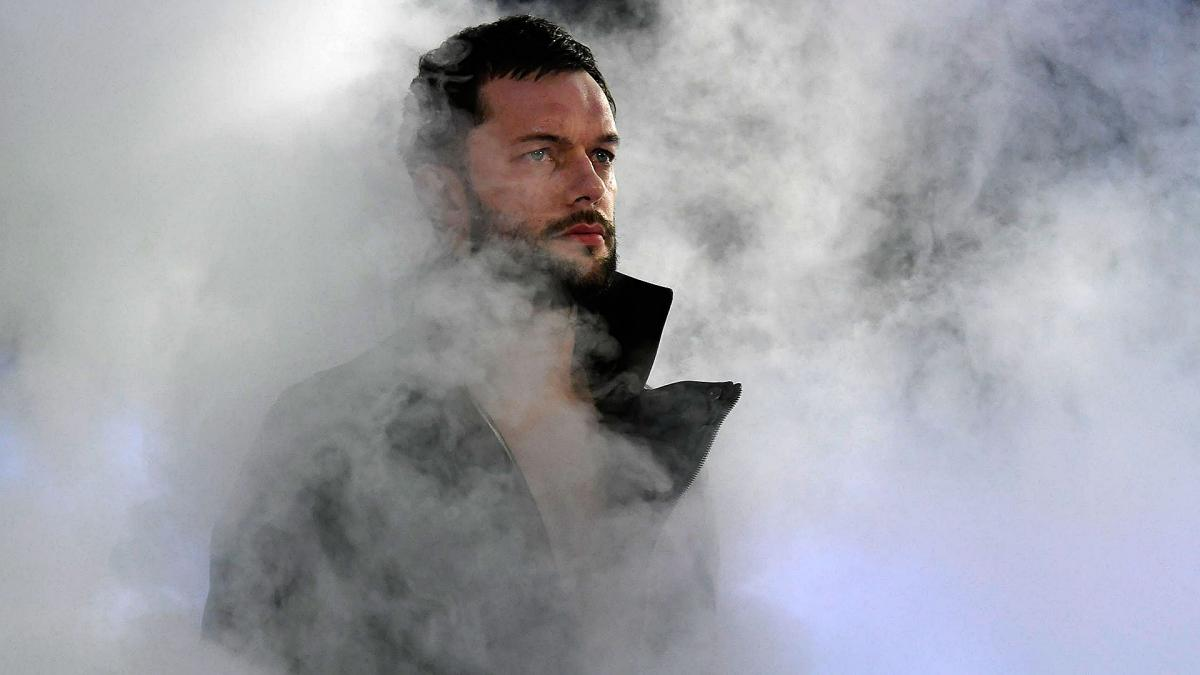 Wwe Extreme Rules 2017 Finn Balor Deserves Redemption Victory