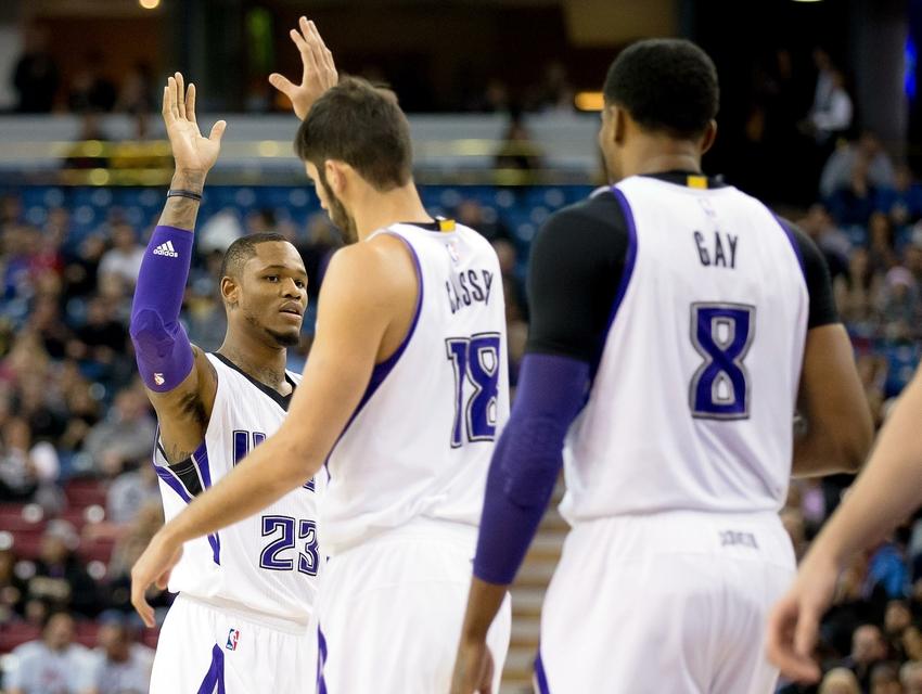 8984921-omri-casspi-ben-mclemore-rudy-gay-nba-utah-jazz-sacramento-kings