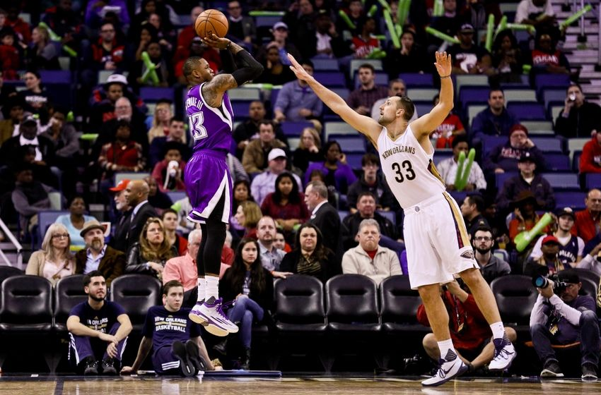 Jan 28, 2016; New Orleans, LA, USA; Sacramento Kings guard Ben McLemore (23) shoots the ball over New Orleans Pelicans forward Ryan Anderson (33) during the second half at the Smoothie King Center. The Pelicans won 114-105. Mandatory Credit: Derick E. Hingle-USA TODAY Sports