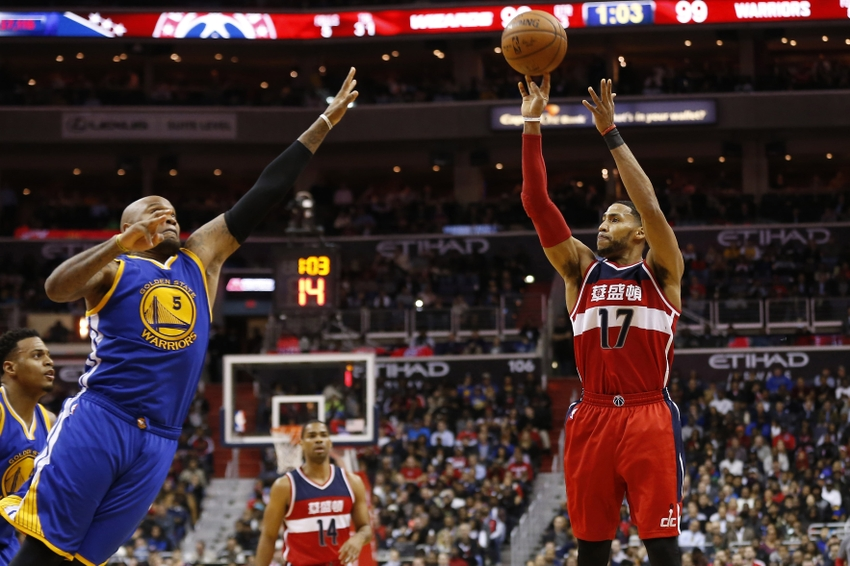 9095058-garrett-temple-marreese-speights-nba-golden-state-warriors-washington-wizards