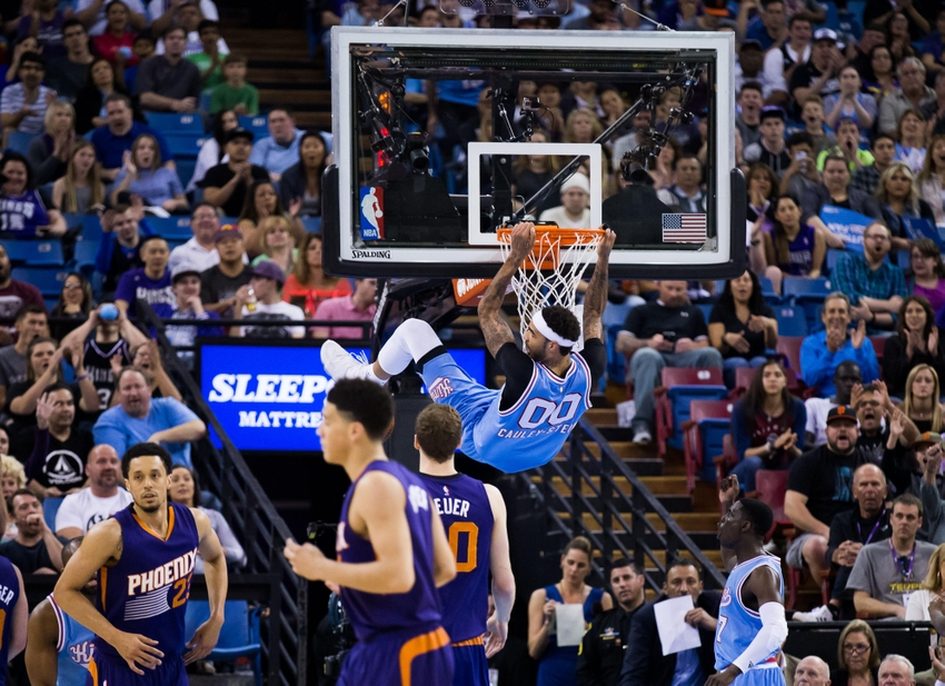 Mar 25, 2016; Sacramento, CA, USA; Sacramento Kings center Willie Cauley-Stein (00) dunks the ball against the Phoenix Suns during the fourth quarter at Sleep Train Arena. The Kings won 116-94. Mandatory Credit: Kelley L Cox-USA TODAY Sports