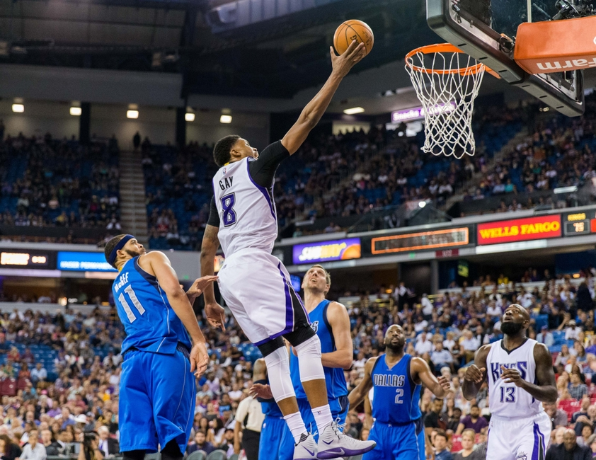 9215435-rudy-gay-nba-dallas-mavericks-sacramento-kings
