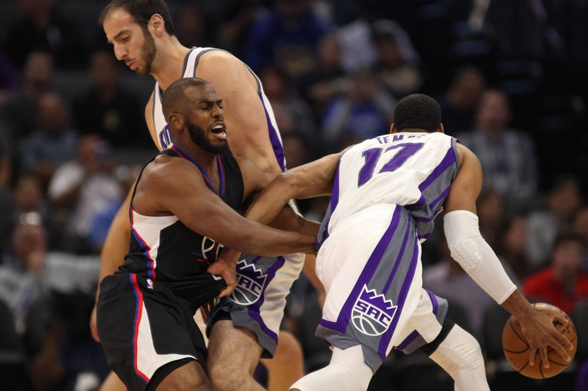 9616920-chris-paul-kosta-koufos-nba-preseason-los-angeles-clippers-sacramento-kings
