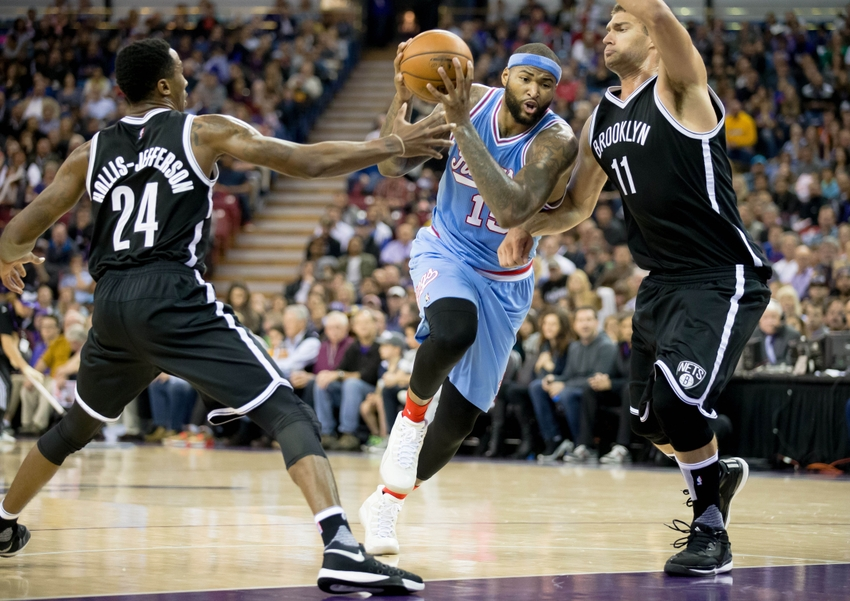 8922776-demarcus-cousins-brook-lopez-rondae-hollis-jefferson-nba-brooklyn-nets-sacramento-kings