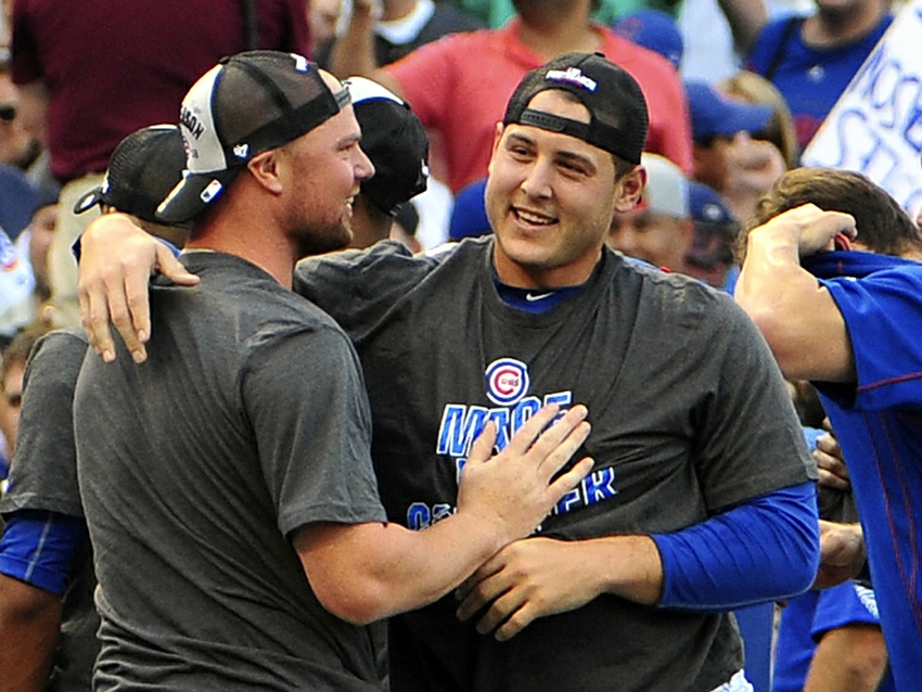 9542316-jon-lester-anthony-rizzo-mlb-milwaukee-brewers-chicago-cubs