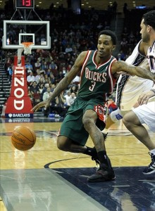 NBA: Milwaukee Bucks at New Jersey Nets