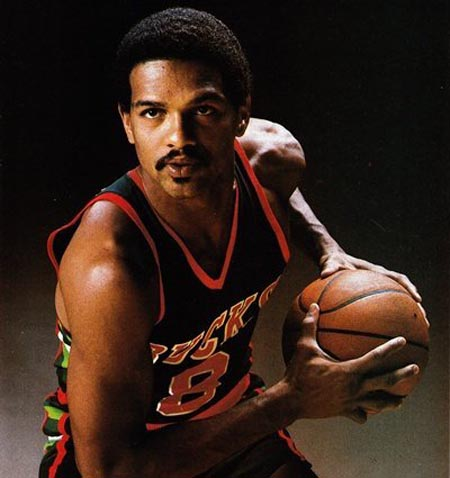 http://cdn.fansided.com/wp-content/blogs.dir/94/files/2013/02/Marques-Johnson-Bucks.jpg