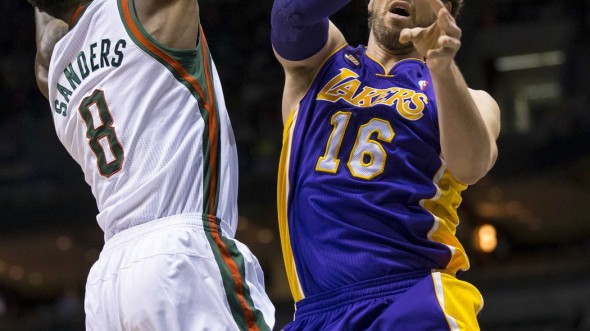 NBA: Los Angeles Lakers at Milwaukee Bucks