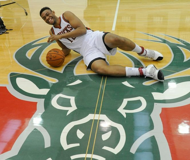 Behind the Buck Daily Dimes  Jabari Parker Bucks Shoes