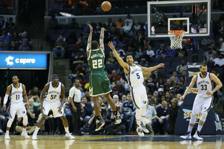 Courtney-lee-nba-milwaukee-bucks-memphis-grizzlies-1-768x0