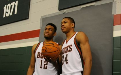 Jabari-parker-giannis-antetokounmpo-nba-milwaukee-bucks-media-day-420x260