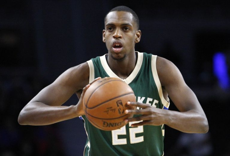 Khris Middleton Headed To Basketball Without Borders Jabari Parker Shooting