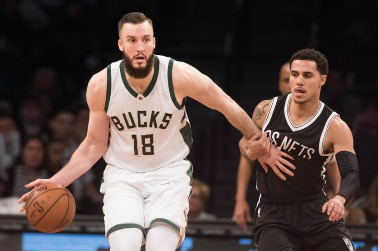 Shane-larkin-miles-plumlee-nba-milwaukee-bucks-brooklyn-nets-768x511
