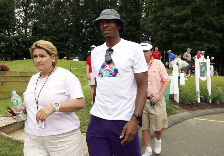 8667897-ray-allen-pga-travelers-championship-first-round-768x536