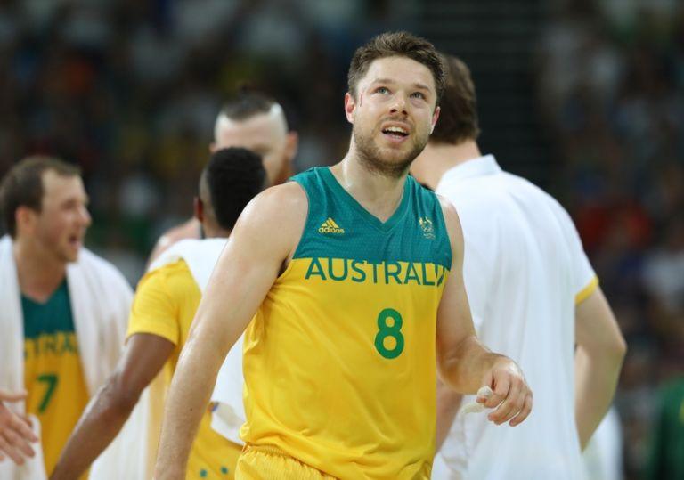 Milwaukee Bucks Matthew Dellavedova Australia Head For