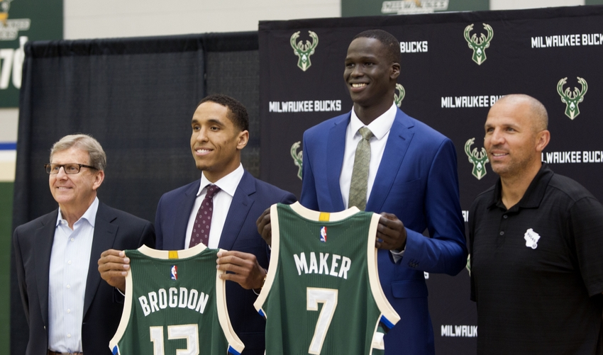 9354487-john-hammond-malcolm-brogdon-jason-kidd-nba-milwaukee-bucks-press-conference