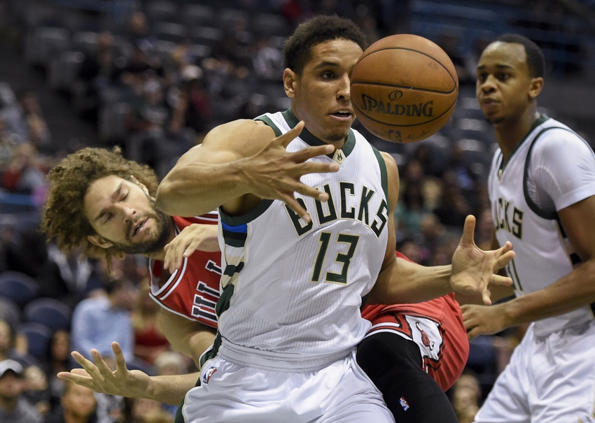 9609415-malcolm-brogdon-robin-lopez-nba-preseason-chicago-bulls-milwaukee-bucks-1