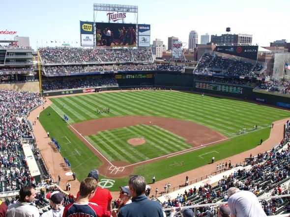 Target Field (Picture courtesy of Wiki.com)