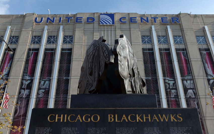 Jun 1, 2014; Chicago, IL, USA; A general view of a Chicago Blackhawks statue outside before game seven of the Western Conference Final of the 2014 Stanley Cup Playoffs against the Los Angeles Kings at United Center. Mandatory Credit: Jerry Lai-USA TODAY Sports