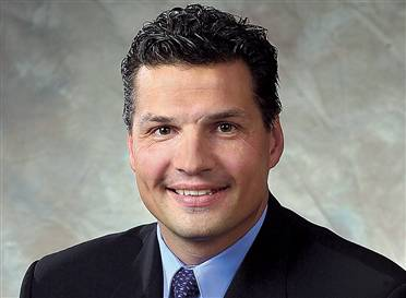 Eddie olczyk picture courtesy of legendsrevealed.com)