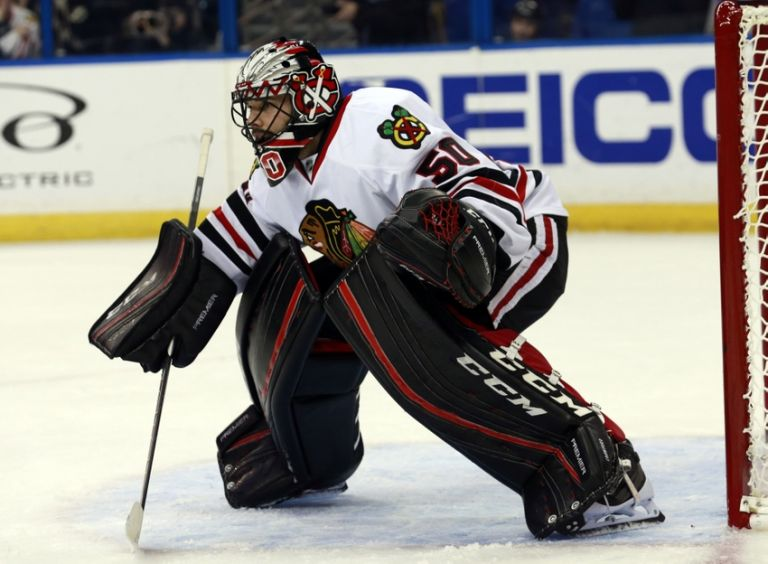 Corey-crawford-nhl-chicago-blackhawks-tampa-bay-lightning-768x0
