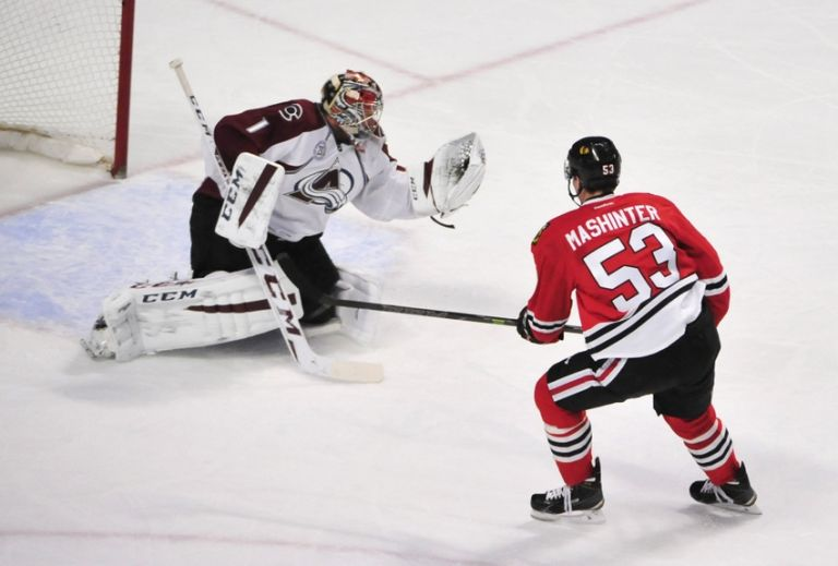 Semyon-varlamov-brandon-mashinter-nhl-colorado-avalanche-chicago-blackhawks-1-768x0