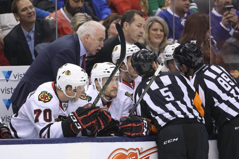 Joel-quenneville-kevin-dineen-nhl-chicago-blackhawks-toronto-maple-leafs-768x0