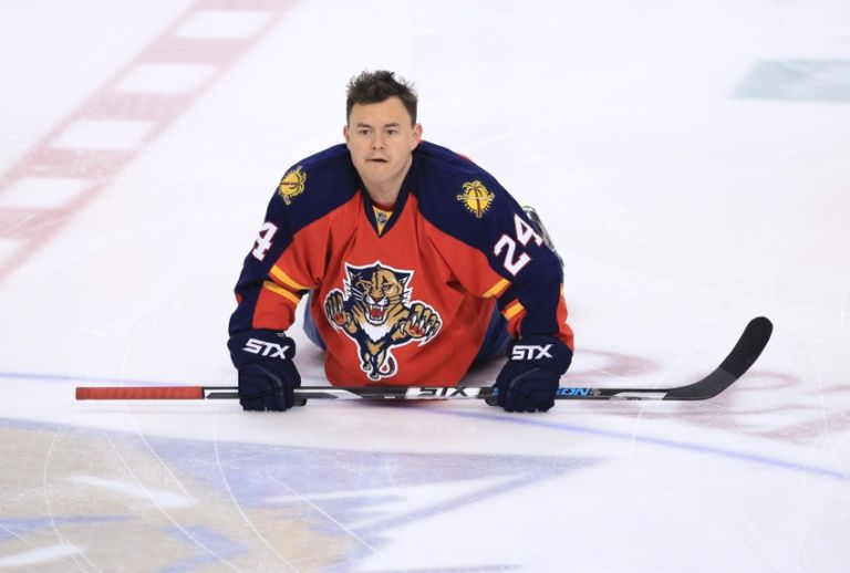 Jiri-hudler-nhl-carolina-hurricanes-florida-panthers-768x518