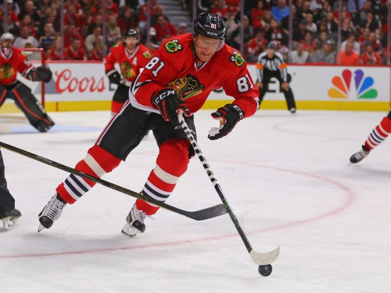 Marian-hossa-nhl-stanley-cup-playoffs-st.-louis-blues-chicago-blackhawks-2-768x576